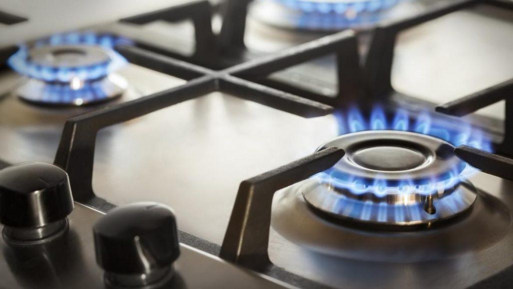 Quemador de gas con llama azul